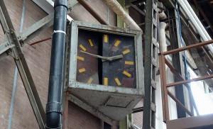 Uhr in der NSDM Werft